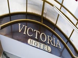 Victoria Hotel|escape